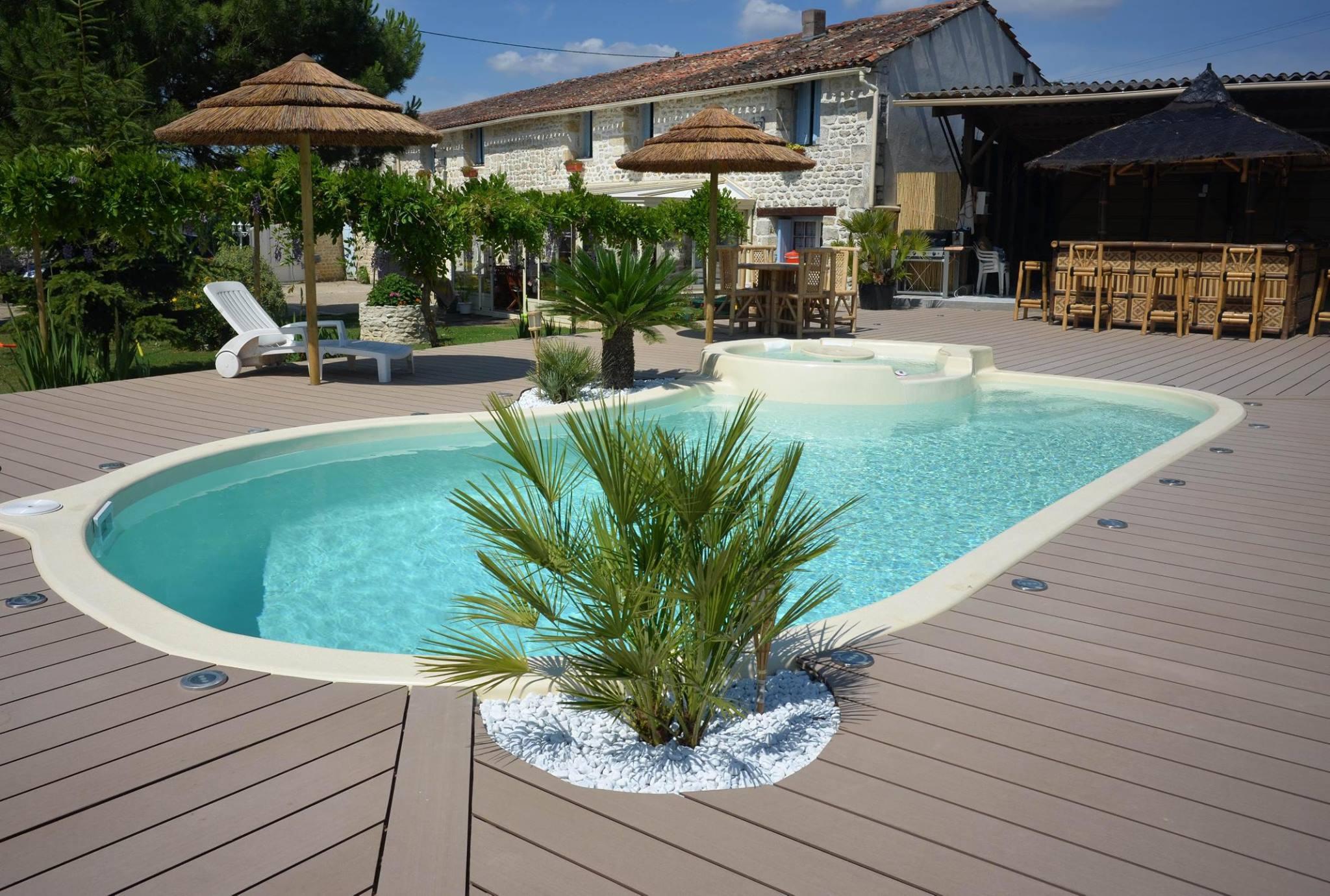 Large de choix et pose de piscines dans les départements du Var (83) et Alpes Maritimes (06)